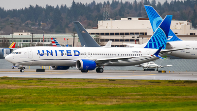 N47524 - Boeing 737-9 MAX - United Airlines