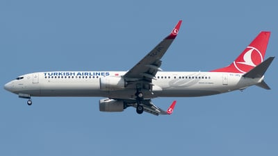 A picture of TCJYL - Boeing 7379F2(ER) - Turkish Airlines - © Taha Berat