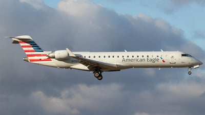 A picture of N710SK - Mitsubishi CRJ701ER - American Airlines - © Jacob Sharp - MkeAviation