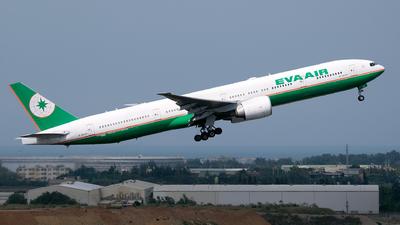A picture of B16707 - Boeing 77735E(ER) - EVA Air - © HHD0221