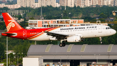 A picture of B6722 - Airbus A320232 - Shenzhen Airlines - © Miaomiao