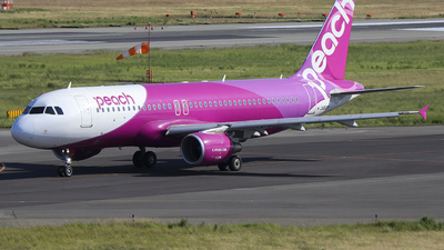 JA812P - Airbus A320-214 - Peach Aviation