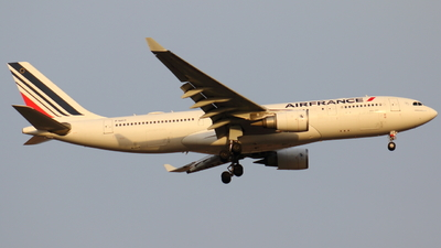 A picture of FGZCO - Airbus A330203 - Air France - © Sander in West-Africa