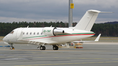EI-TAT - Bombardier CL-600-2B16 Challenger 605 - Zeph Aviation