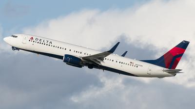 N822DN - Boeing 737-932ER - Delta Air Lines