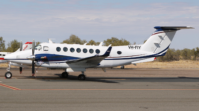 VH-FIY - Beechcraft B300 King Air 350 - Private
