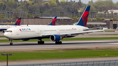 A picture of N839MH - Boeing 767432(ER) - Delta Air Lines - © xuxinyi1000