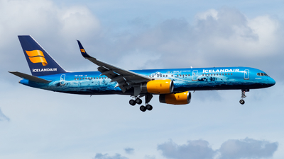 A picture of TFFIR - Boeing 757256 - Icelandair - © Marco Materlik