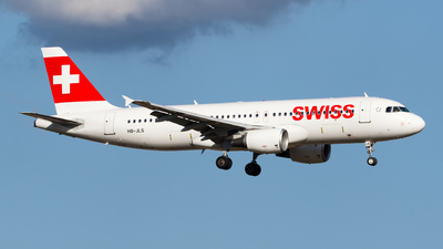 A picture of HBJLS - Airbus A320214 - Swiss - © Matteo Lamberts