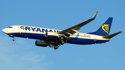 A picture of EIDHO - Boeing 7378AS - Ryanair - © Laszlo Fekete