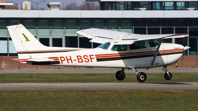 PH-BSF - Cessna 172N Skyhawk II - Private