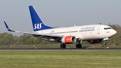 SE-RJR - Boeing 737-76N - Scandinavian Airlines (SAS)