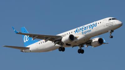 A picture of ECLFZ - Embraer E195LR - Air Europa - © José M Deza