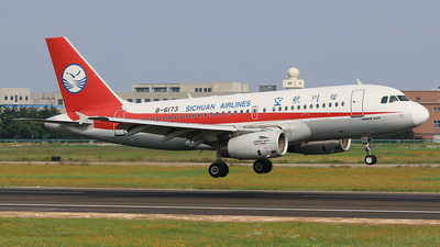 B-6173 - Airbus A319-133 - Sichuan Airlines