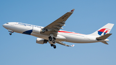 9M-MTU - Airbus A330-223 - Malaysia Airlines
