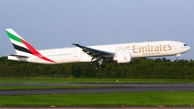 A6-EQJ - Boeing 777-31HER - Emirates