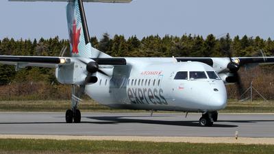 C-GLTA - Bombardier Dash 8-301 - Air Canada Express (Jazz Aviation)