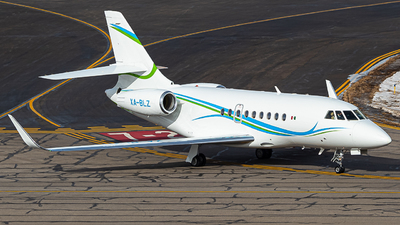 A picture of XABLZ - Dassault Falcon 2000LX - [251] - © Watts Brooks