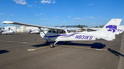 A picture of N831KS - Cessna 172S Skyhawk SP -  - © Braeden Post