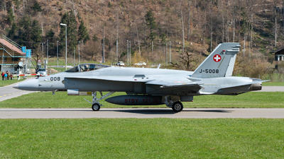 J-5008 - McDonnell Douglas F/A-18C Hornet - Switzerland - Air Force
