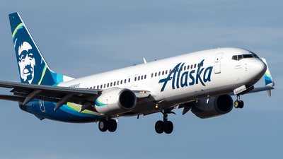 A picture of N566AS - Boeing 737890 - Alaska Airlines - © CJMoeser