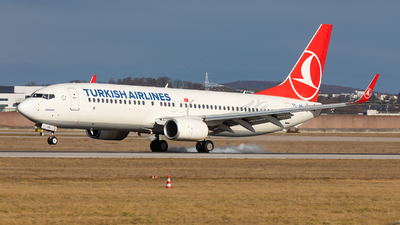 A picture of TCJHU - Boeing 7378F2 - Turkish Airlines - © Bianca Renz