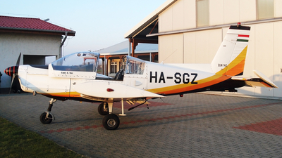 HA-SGZ - Zlin 142 - Private