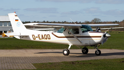 A picture of DEAOD - Cessna F152 - [F15201910] - © Max Sutter