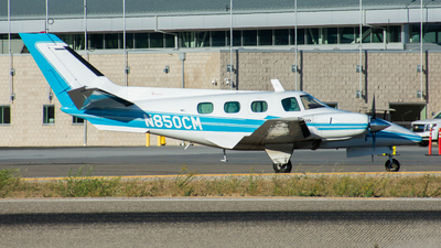 N850CM - Beechcraft A60 Duke - Private
