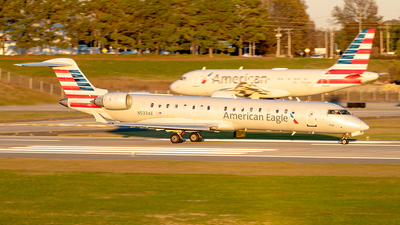 A picture of N533AE - Mitsubishi CRJ702ER - American Airlines - © Yan777