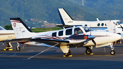 JA60AZ - Beechcraft G58 Baron - Okayama Air Service (OAS)