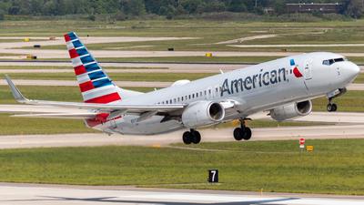 N315PE - Boeing 737-823 - American Airlines