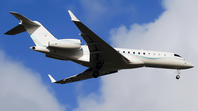 N888GX - Bombardier BD-700-1A10 Global Express XRS - Private