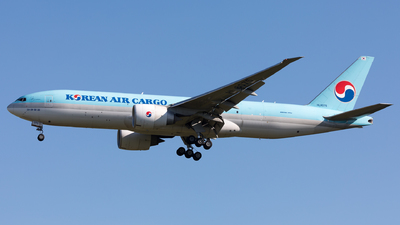 A picture of HL8075 - Boeing 777FEZ - Korean Air - © Sierra Aviation Photography