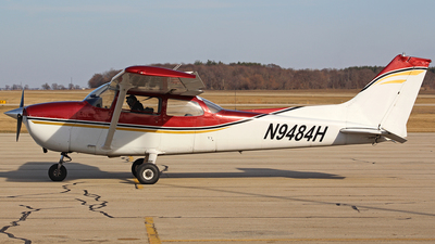 N9484H - Cessna 172M Skyhawk - Private