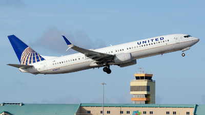 N38479 - Boeing 737-924ER - United Airlines