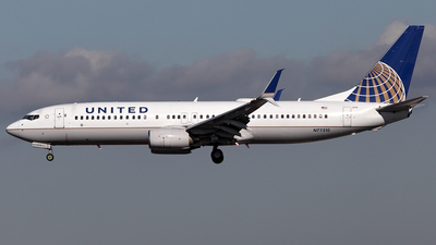 A picture of N77510 - Boeing 737824 - United Airlines - © TOMBARELLI FEDERICO