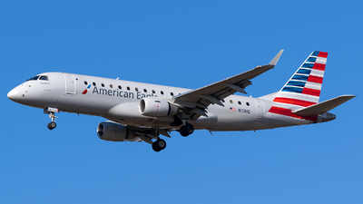 A picture of N111HQ - Embraer E175LR - American Airlines - © Evan Dougherty