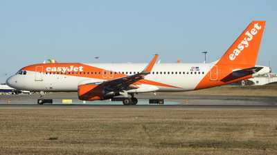 OE-INF - Airbus A320-214 - easyJet Europe