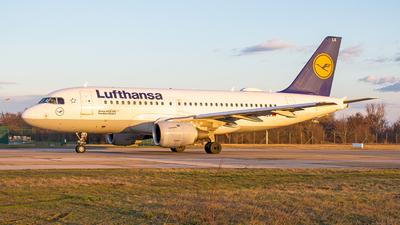 D-AILA - Airbus A319-114 - Lufthansa