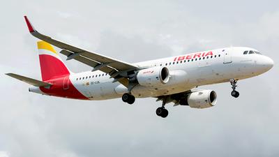 A picture of ECLUL - Airbus A320216 - Iberia - © Eduardo Paixao Silva