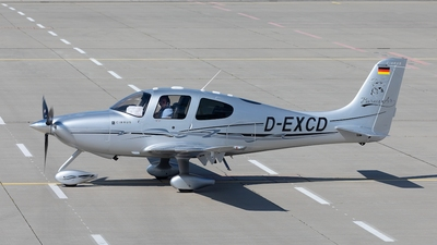 D-EXCD - Cirrus SR22-GTS Turbo - Private