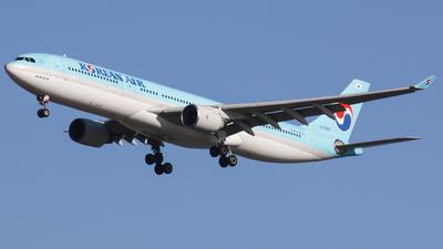 HL7585 - Airbus A330-323 - Korean Air