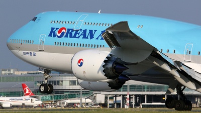 HL7642 - Boeing 747-8B5 - Korean Air