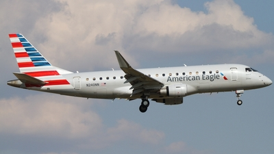 A picture of N240NN - Embraer E175LR - American Airlines - © Connor Cummings