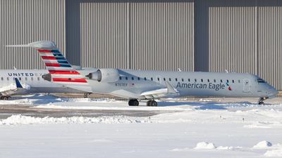 N707EV - Bombardier CRJ-701ER - American Eagle (SkyWest Airlines)