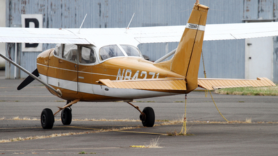 N84271 - Cessna 172K Skyhawk - Private