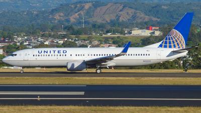 N12225 - Boeing 737-824 - United Airlines