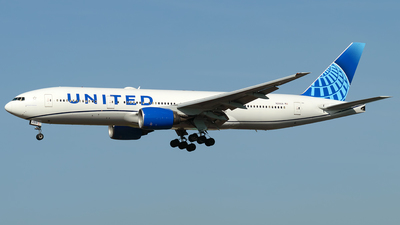A picture of N210UA - Boeing 777222 - United Airlines - © Westley Bencon