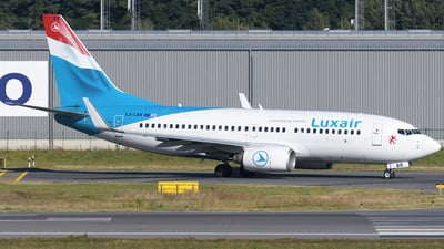 A picture of LXLBR - Boeing 7377K2 - Luxair - © Tom Mousel